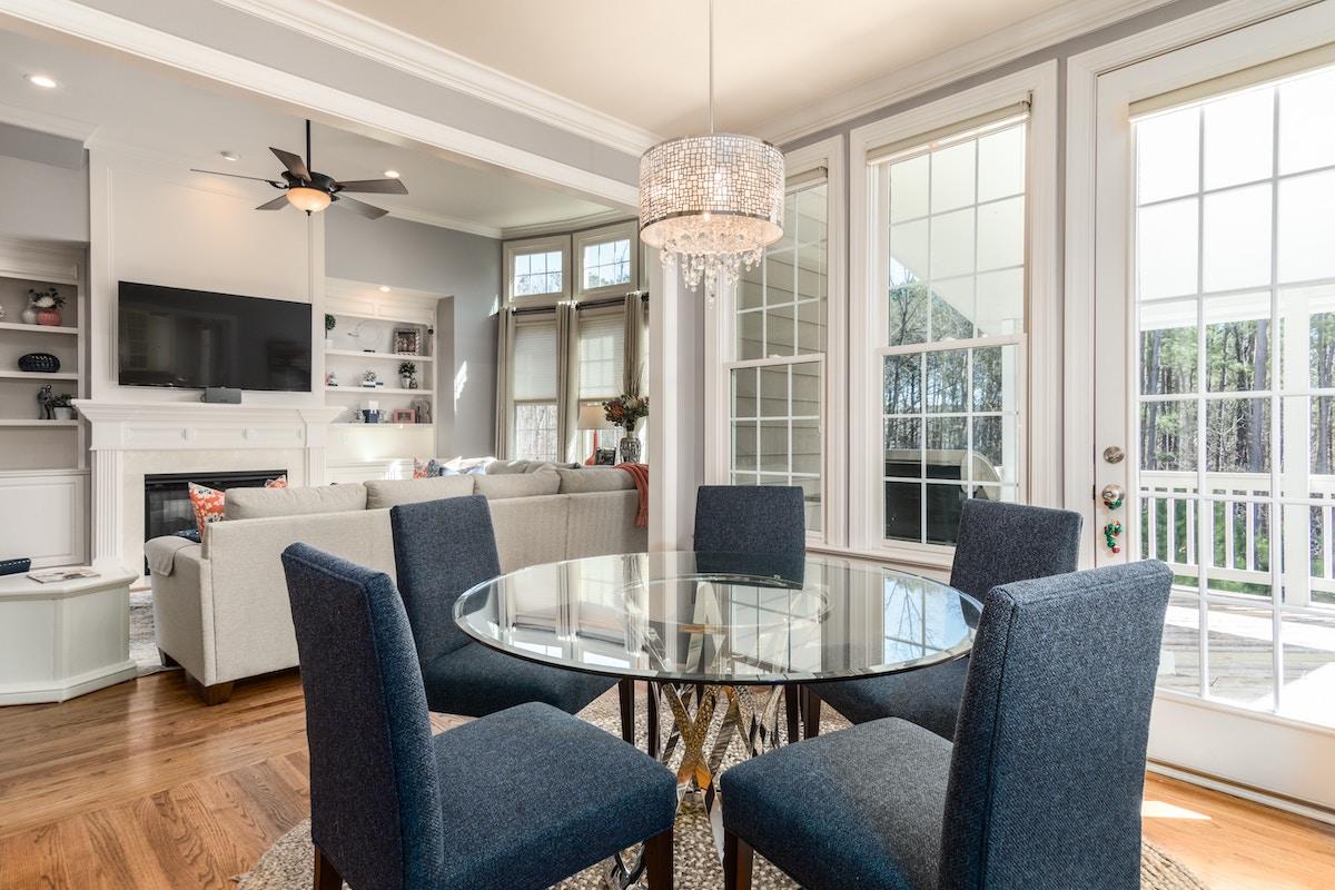 Feng Shui-Tipps fürs Wohnzimmer – Xana Pinneker